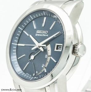 Seiko-Spring-Drive-5R65-Crown-1011x1024